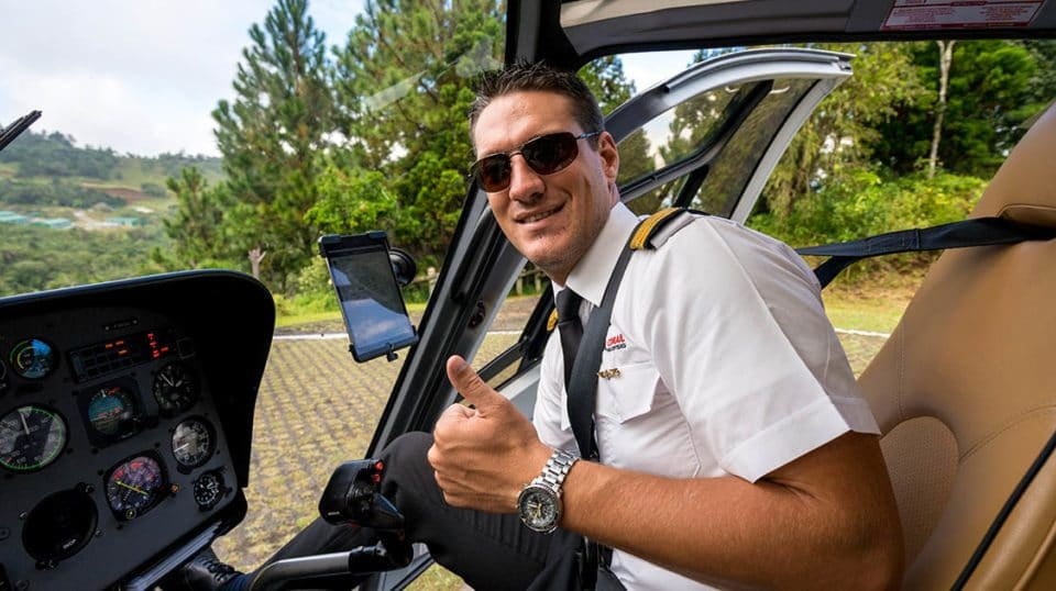 Pilote corail helicoptères Jeremy Heuls